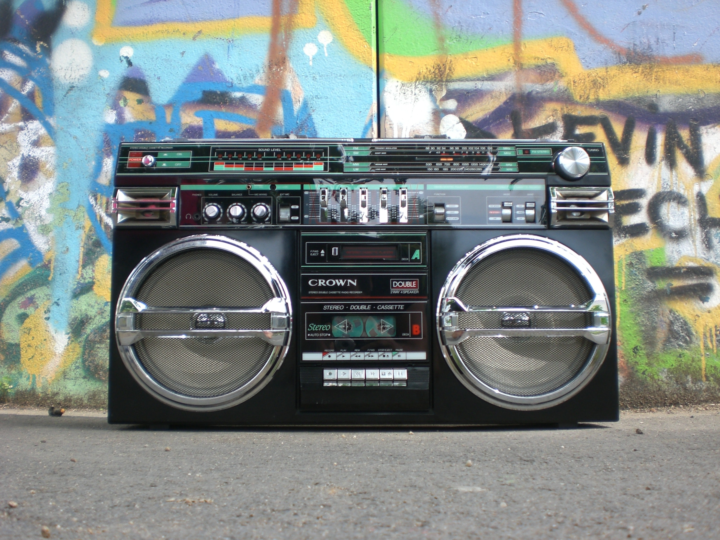 black-and-silver-cassette-player-159613